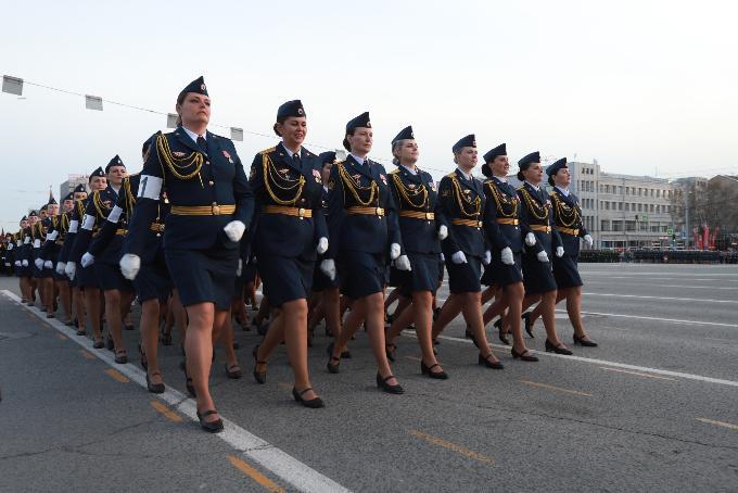 Парад Победы-2021 в Новосибирске: где и во сколько смотреть трансляцию