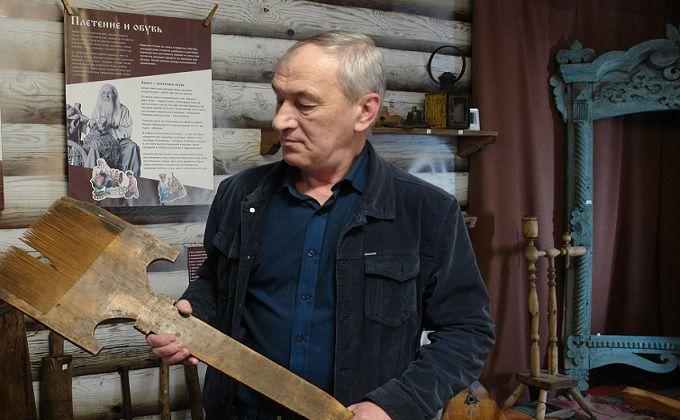 Трудовик нашел 110-летний кирпич с необычной меткой в Новосибирске