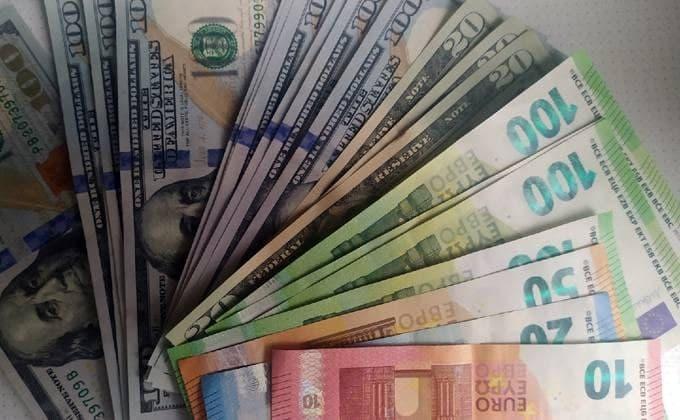 ОПГ вывела из Новосибирска за рубеж более 3 млрд рублей