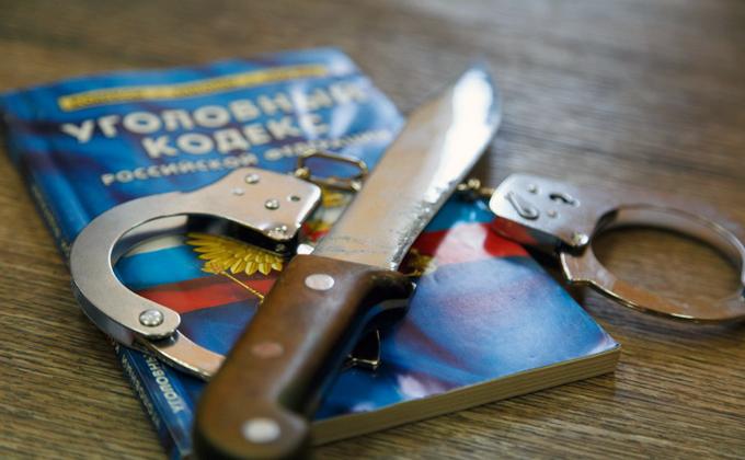 Новосибирец умер после удара ножом в руку