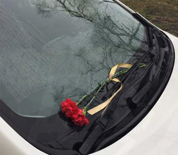 «Тут все грехи свои вспомнишь»: неизвестный оставил послание на машине