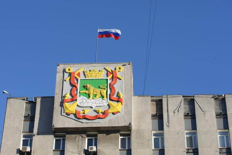Во Владивостоке восстановили на работе уволенного чиновника