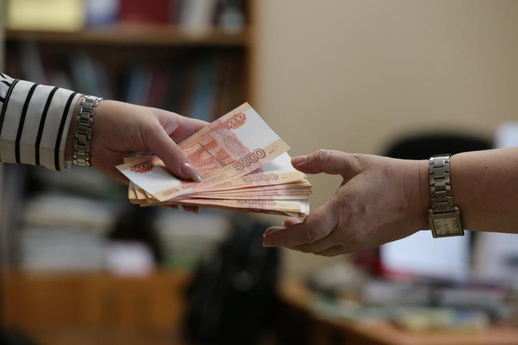 ВТБ в Приморском крае в апреле увеличил выдачу кредитов наличными в 2,5 раз