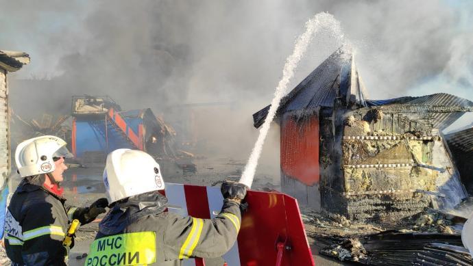 Митрополит Никодим пожелал здоровья пострадавшим при взрывах на АЗС в Новосибирске