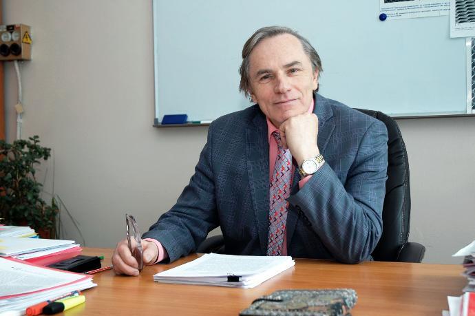 Профессор СО РАН Виктор Принц скончался от COVID-19