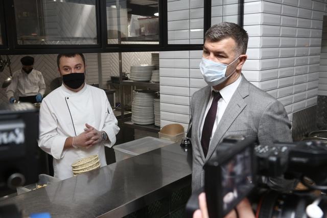 QR-коды при посещении ресторанов могут ввести в Новосибирской области