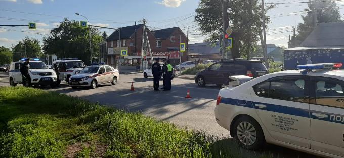 Водителя, насмерть сбившего ребенка на BMW X6, отправили в СИЗО на два месяца