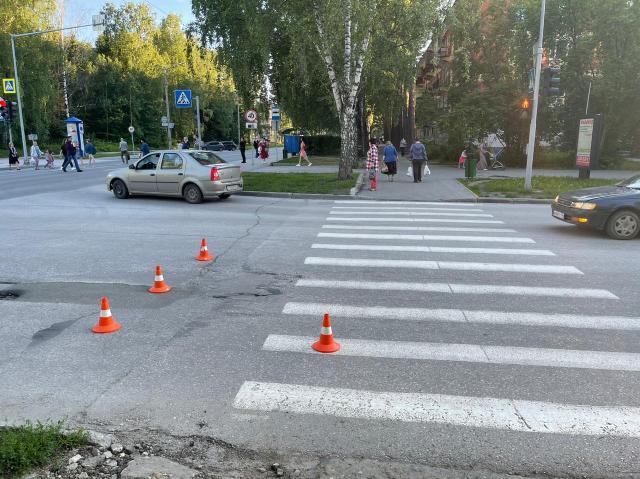 Водитель автомобиля Lexus сбил ребенка в Академгородке