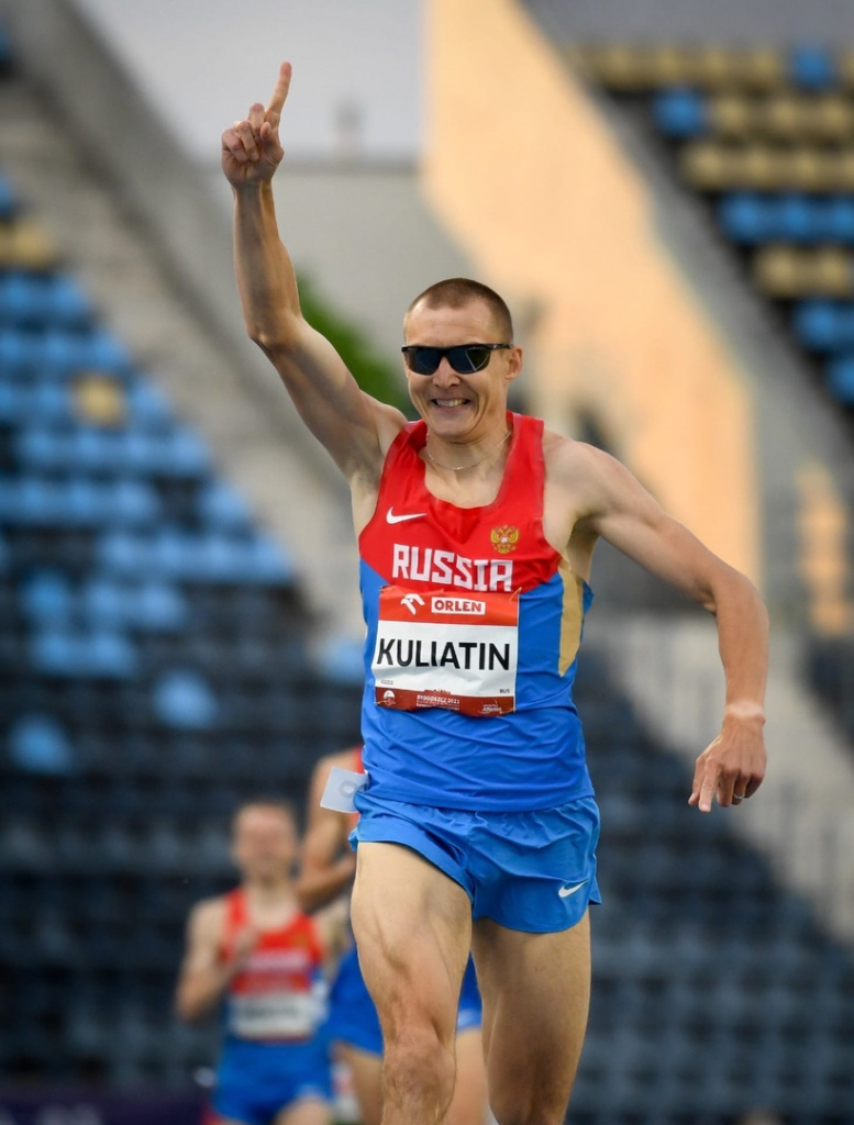 Незрячий бегун из Новосибирска установил рекорд Европы