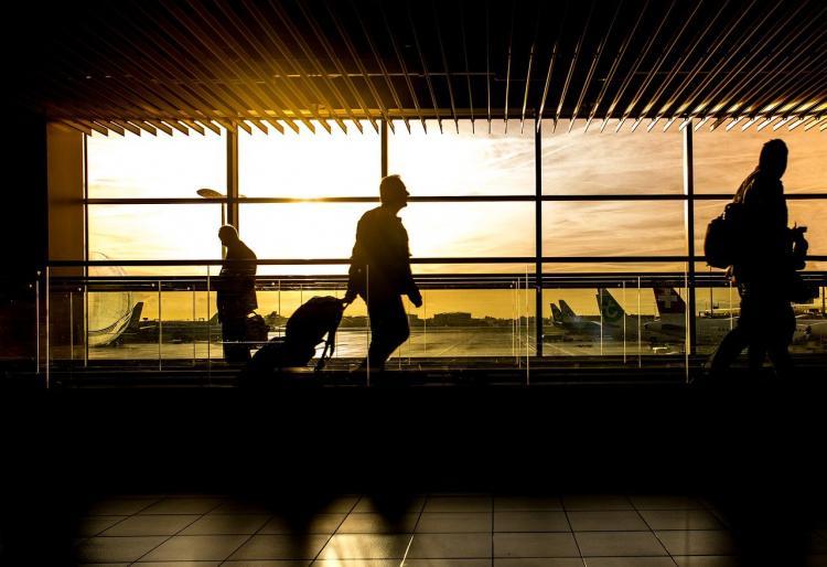 Россия возобновляет авиасообщение еще с восемью странами