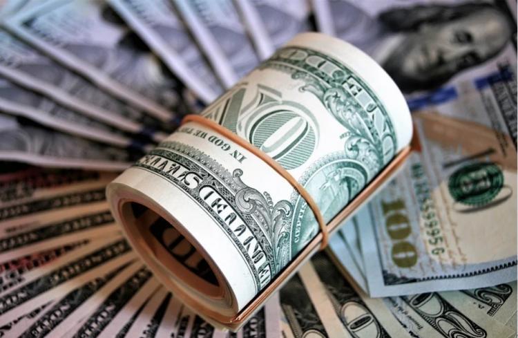 Приморца не спасли 300 долларов США в отделе полиции