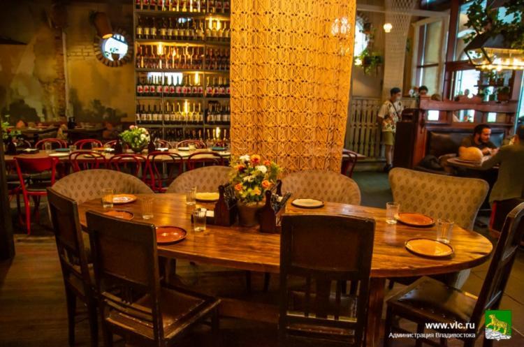 Администрация Владивостока проводит мониторинг кафе и ресторанов к ВЭФ