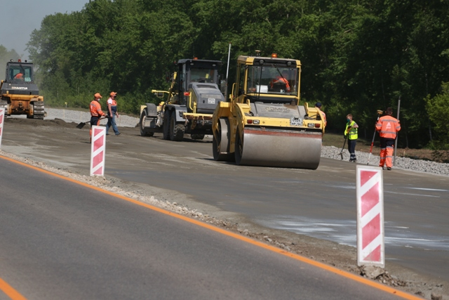 Карьеры с грунтом стали препятствием строительства важнейшей дороги «Здвинск – Довольное»