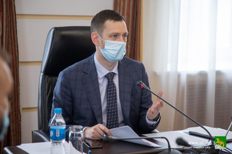 Заместитель главы администрации Владивостока Алексей Ляйфер