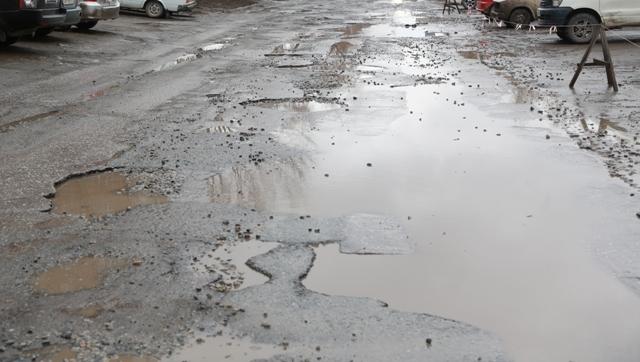Минтранс ждет от мэрии Новосибирска график контроля ремонта дорог
