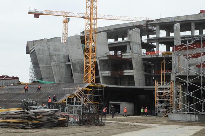 Ледовая арена к МЧМ-2023 в Новосибирске будет сдана в эксплуатацию в срок несмотря на подорожание стройматериалов