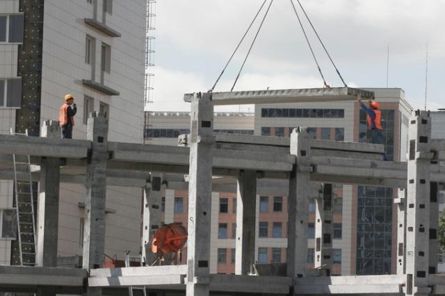 Лидеров ввода жилья за первое полугодие определила мэрия Новосибирска