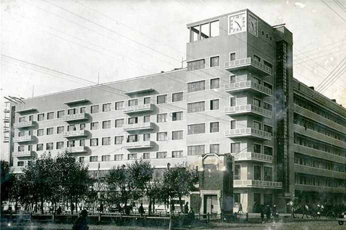 Секреты из подвала дома с часами в Новосибирске