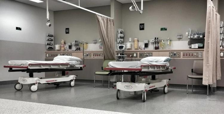 Роддом в Артеме станет COVID-госпиталем из-за роста заболеваемости