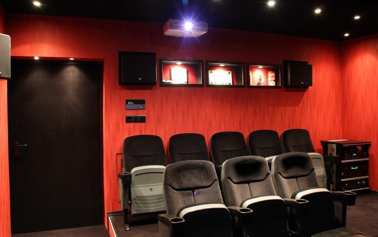 Квентин Тарантино купил старинный кинотеатр в Лос-Анджелесе