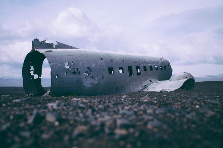 Водолазы начали обследовать дно на месте авиакатастрофы на Камчатке