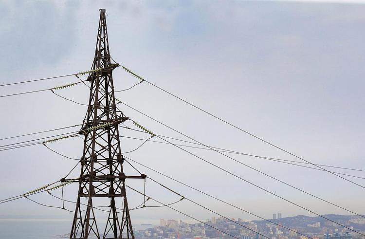 Энергетики почти завершили модернизацию сетей на Русском острове