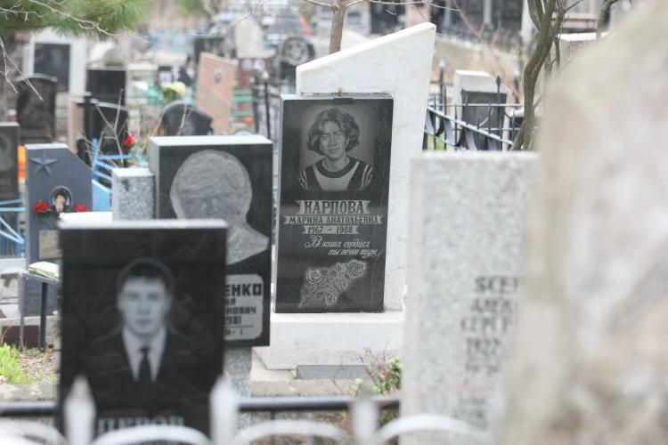 «Ужас и кошмар»: девушка рассказала о произошедшем на приморском кладбище