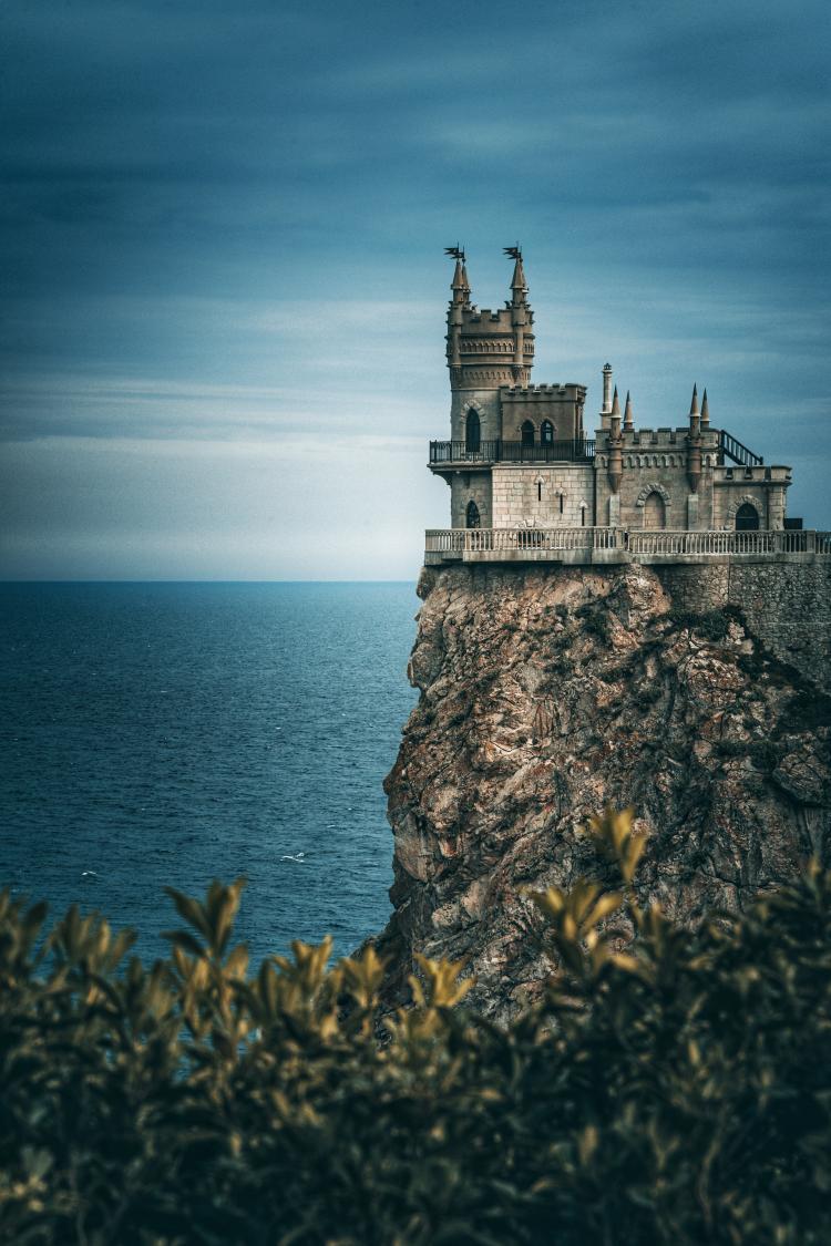 Порошенко пообещал вернуть Крым в течение года