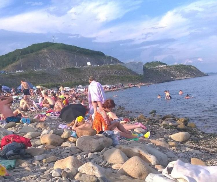 Ни стыда, ни совести: во Владивостоке бухта Патрокл напоминает свалку