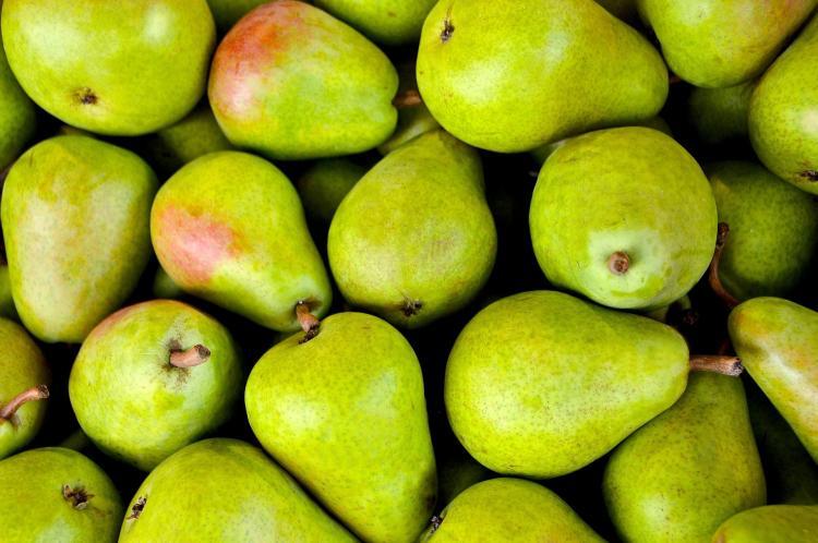 На уличном базаре: чем опасна покупка продуктов «с рук» в Приморье?