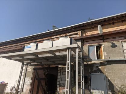 Подросток пострадал в результате обрушения крыши в Новосибирске