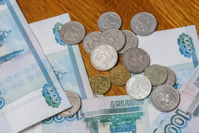 Как получить 640 тысяч рублей — названы все выплаты семьям с детьми в Новосибирской области