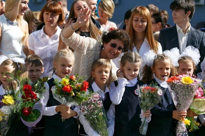 Формат проведения линеек 1 сентября 2021 в Новосибирске уточнил министр Федорчук