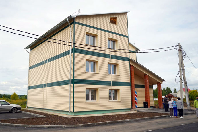 Сироты получили новые квартиры в Черепановском районе