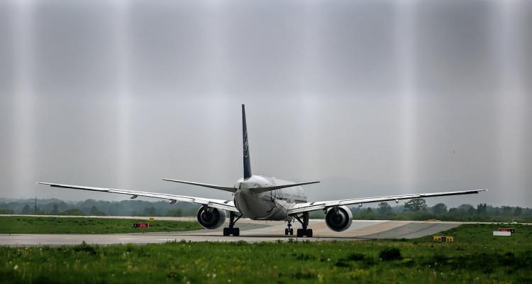 Самолёт Москва-Владивосток совершил экстренную посадку