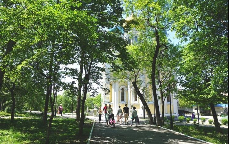 Во Владивостоке ремонт двух крупных парков проведут до конца этого года