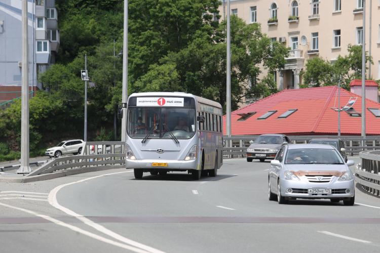 Во Владивостоке усилят безопасность автобусов