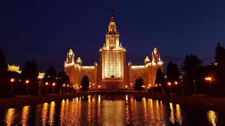 Девятилетняя россиянка поступила в МГУ