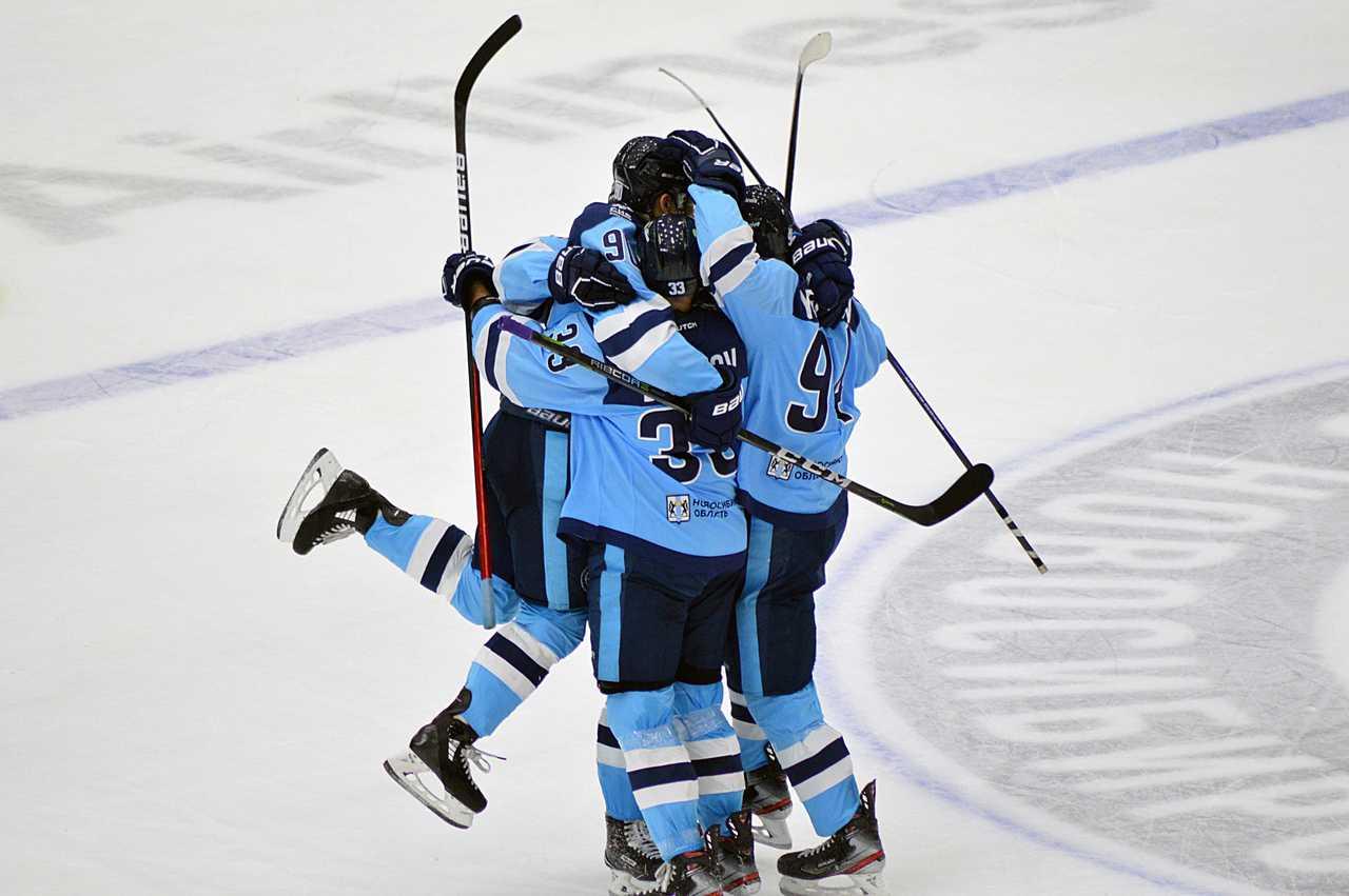 «Сибирь» впервые с февраля одержала домашнюю победу