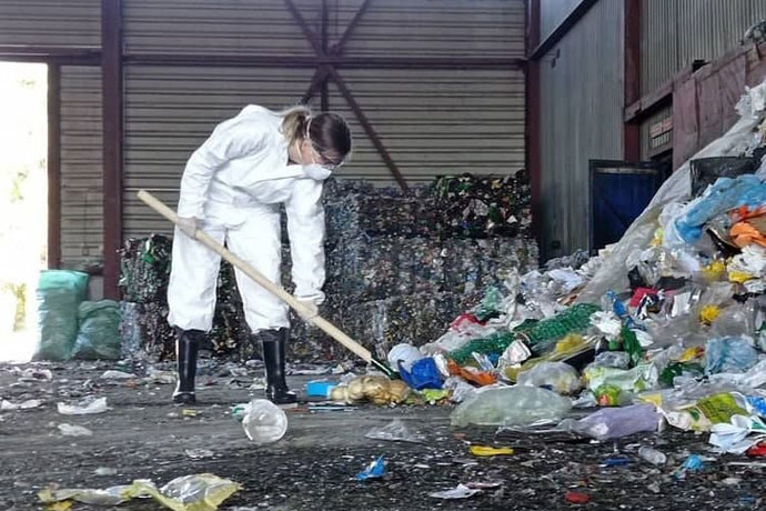 Робот возьмется за сортировку мусора в Новосибирске