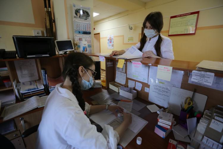 Школьникам Приморья предлагают зарплату до 85 тысяч рублей