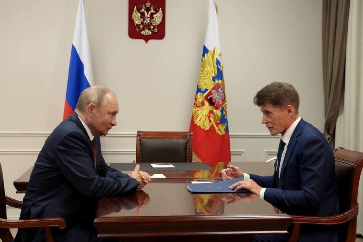 Владимир Путин и Олег Кожемяко поговорили об экономике Приморья