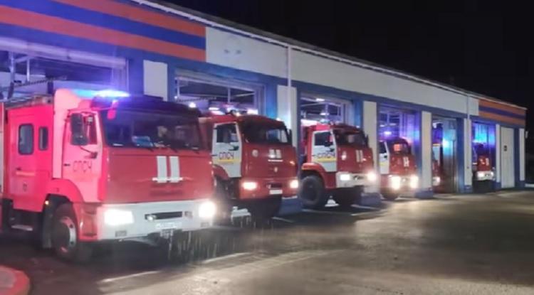 Серены завыли: приморские спасатели почтили память главы МЧС