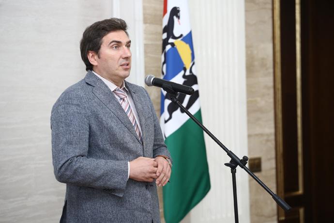 Глава минздрава Хальзов прокомментировал розыгрыш 100000 рублей за вакцинацию от COVID-19