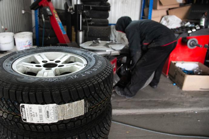 Когда менять летние шины на зимние в Новосибирске 2021 – советы экспертов
