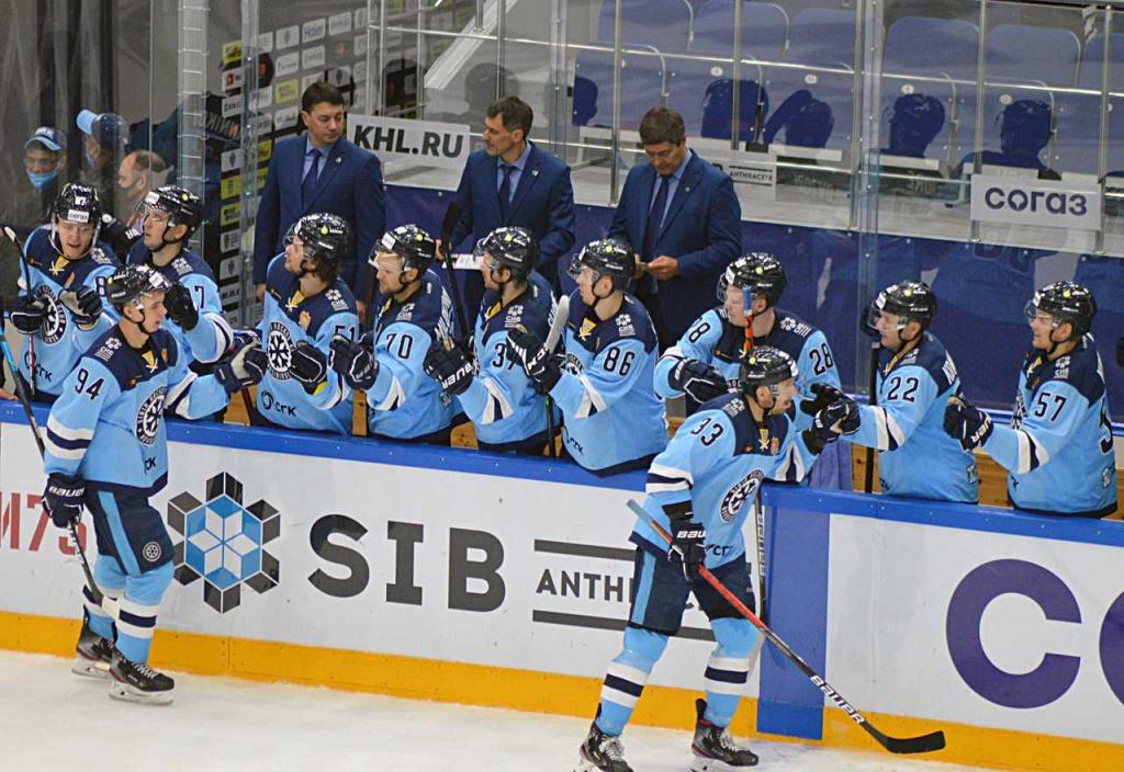 ХК «Сибирь» обыграл рижское «Динамо» не по сценарию