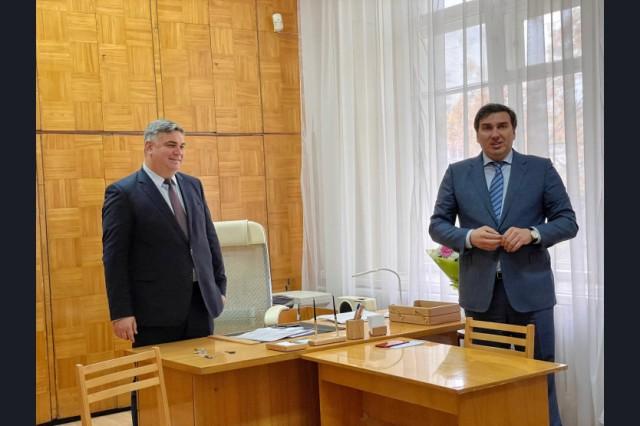 Главврача больницы №34 Ярослава Фролова представили коллективу