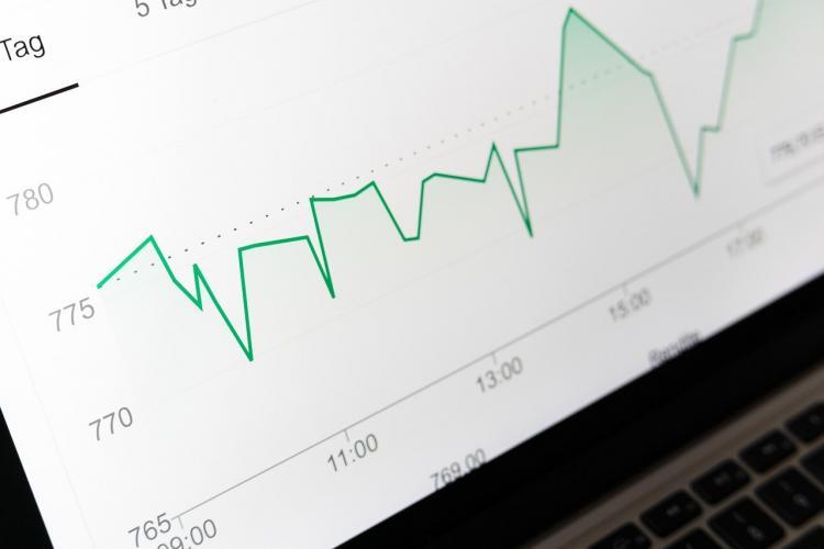 Годовая инфляция в России достигла пиковых 7 %