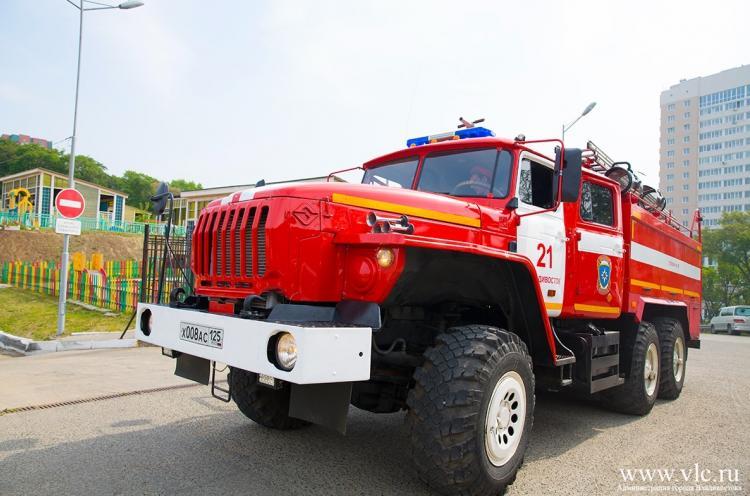 Об опасности возникновения пожаров предупреждают жителей Владивостока